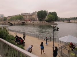 Walking along the Seine. It's so peaceful.